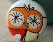 Vintage Orange Owl Pin - handmade button by Vegancraftastic - Perfect Gift