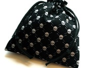 Sale - Skull and Knitting Crossbones bag by Vegancraftastic - Drawstring Project Bag