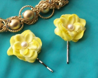 Yellow Pair of Rose Bobby Pins,Yellow Wedding,Wedding Hair Pins,Bridal Hair Pins,Flower Girl,Flower Garter Hair Pins