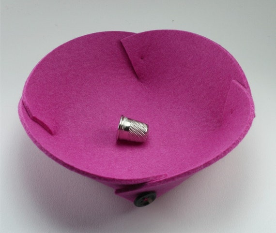 Petite Catchall Bowl 3mm Thick Virgin Merino Wool Felt Fabric Pink Eco Friendly Felted Catch All Dish Collapsible Travel Valet Tray