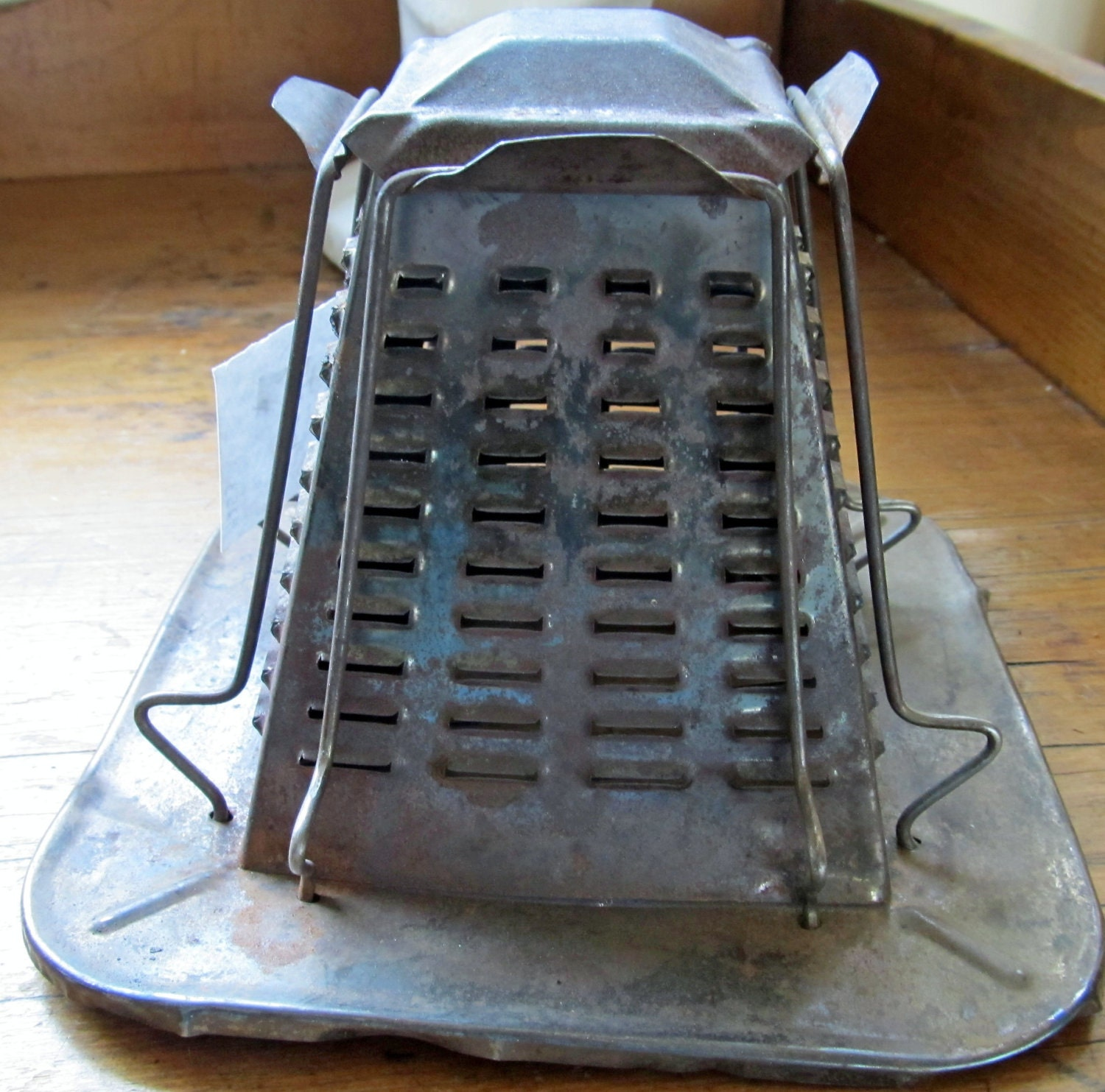 Antique Toaster For Home Or Campfire Toast TIN