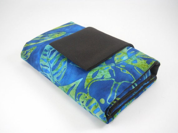 INTERCHANGEABLE NEEDLE CASE-Batik