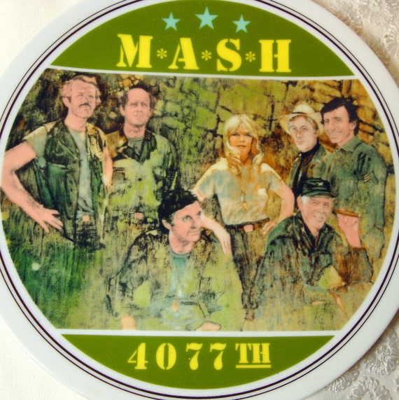 Army Plate, M.A.S.H. 4077 Plate, 1980s, TV Show Plate, Collectible, Vietnam, 2  Porcelain, army recruiter, hawkeye, Hot lips