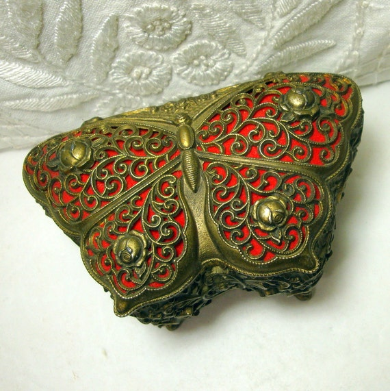 Vintage Japan Butterfly Trinket Box, French Style on Legs, 1950s, Ornate Filigree Jewelry Box, Stash Box, Shabby Chic,