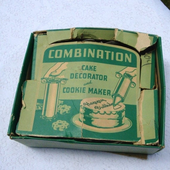 Vintage Combination Cake Decorator and Cookie Maker..1940s set. Box with Recipes for Appetizers and Garnishes Too.