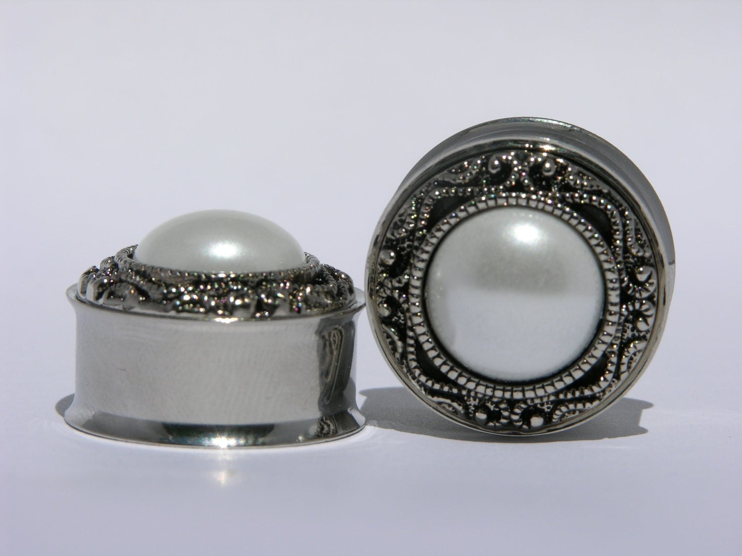Classic Silver and Pearl Wedding Plugs 00 Gauge 7/16 1/2 9/16