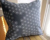 Daisy Pillow --20 Inch -- in Charcoal