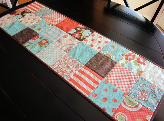 Cotton Blossoms Quilted Patchwork Table Runner