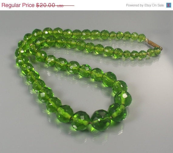 Vintage Sale A N T I Q U E Faceted Green Glass Necklace