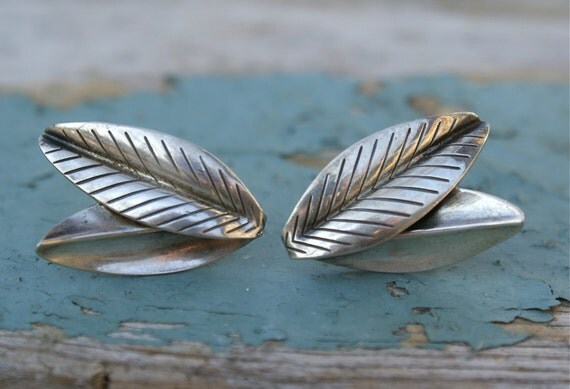 Vintage 1940s Sterling Earrings Unique Leaf