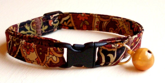 Breakaway Cat Collar, Adjustable and Comfortable, Tapestry Paisley