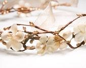 Gold Berry Woodland Weding Wreath, Wedding Flower Crown Holiday Hair, Wedding Flower Crown, Wedding Headpiece, Tie Headband