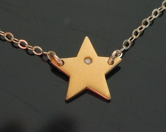 Diamond Star Necklace in Gold - New