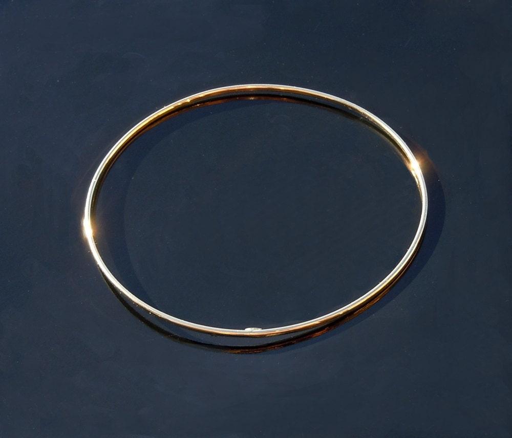 gold bangle bracelet 14kt solid gold