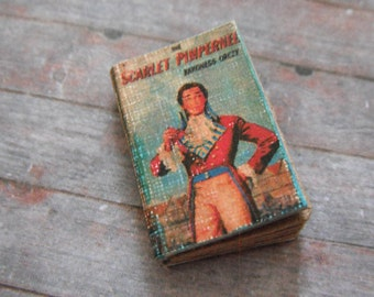 Miniature Book --- Scarlet Pimpernel