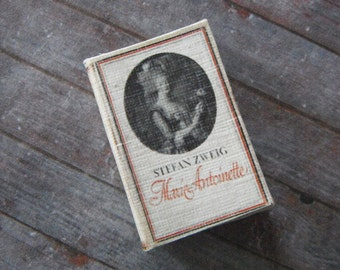 Miniature Book --- Marie Antoinette Biography