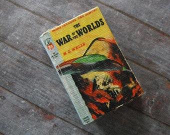Miniature Book --- War of the Worlds
