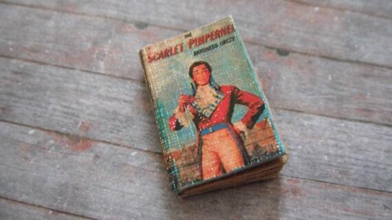 Miniature Book --- Scarlet Pimpernel