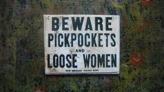 Miniature Sign --- Beware Pickpockets
