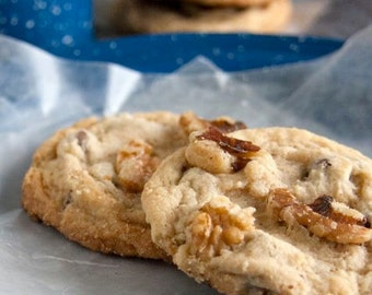 Walnut Chocolate Chip Cookies - 2 dozen homemade cookies