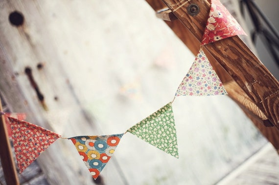 Retro Floral Wedding Pennant Banner Bunting Set