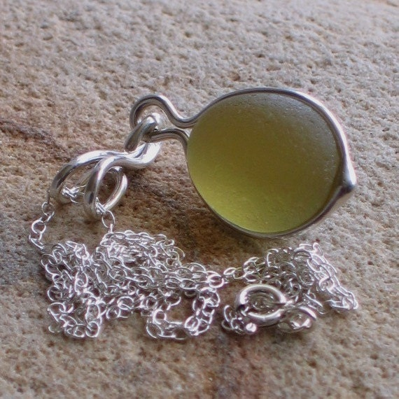Natural Sea Glass Sterling Silver Pendant Necklace Deep Golden Rod (409)
