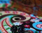 CLEARANCE Susie earrings in black