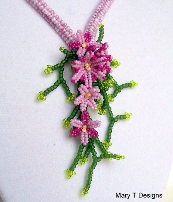 Spring Boquet Beadwoven Necklace... EBW Team