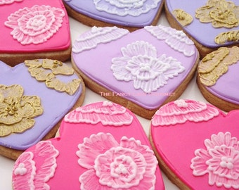 Fancy Brush Embroidery Heart Cookies 1 dozen Special price