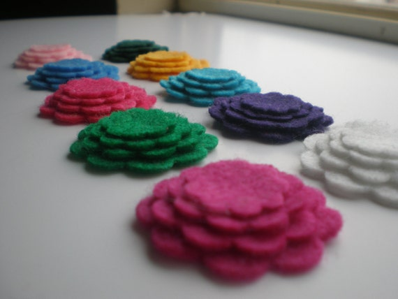 60- Die cut Felt Tiny Flowers, Variety or a color of your choice