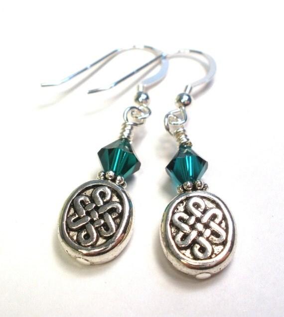 Irish Earrings - Eternity Knot - Emerald Green Crystal Pearl