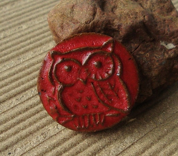 Lil Red Owl stoneware clay cabachon in wagon red, handmade focal cabachon or turn it into a pendant