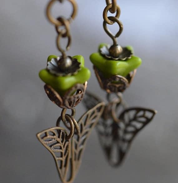 Fresh Flowers Downton Abbey inspired Earrings, warm Vintaj antique brass, Czech glass, earrings, fashion accessories, great gift, nature