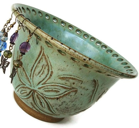 Ceramic Jewelry Bowl, Earring bowl, earring holder bowl, jewelry organizer. Hand-carved flowers in Sage Green, almost looks like a woodcut