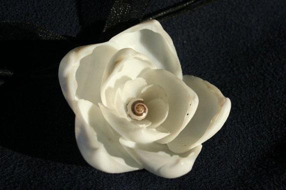 Genuine SHELL Flower Blossom PENDANT inspired by Sailors Valentines