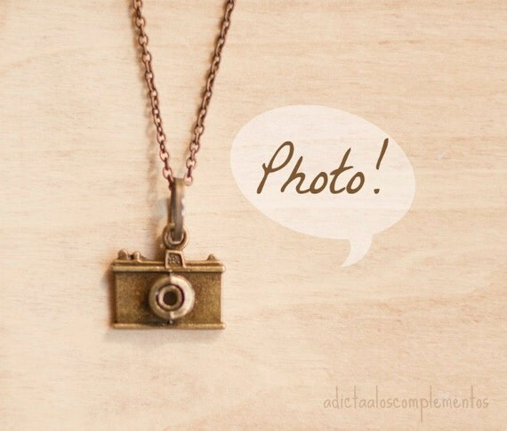 Camera pendant.Camera necklace, Antique Gold, vintage inspired, camera lovers, pendant for photographers.