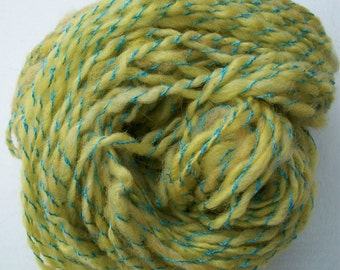 Handspun wool yarn / Old fashioned candy sticks /