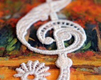 Treble Clef Lace Bookmark