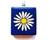 Pendant - Daisy on Denim Blue