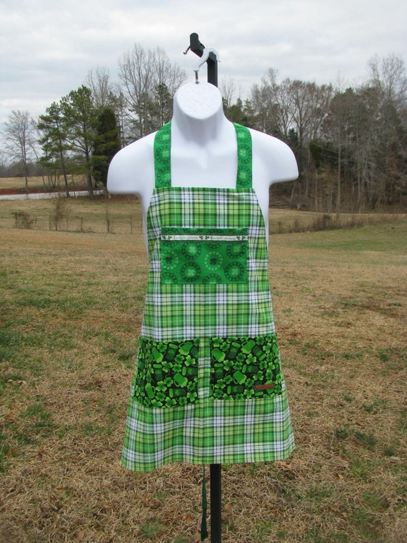 Men's Irish Apron - Feelin' Green - clover, plaid, green beer - by Happy Campers of the South (APR031)