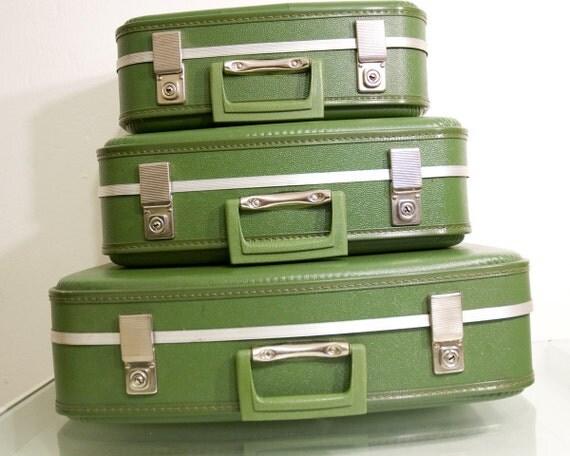 Vintage Suitcase Set of 3 Olive Green Hardshell Nesting