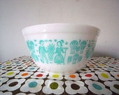 Vintage Pyrex Mixing Bowl Butterprint