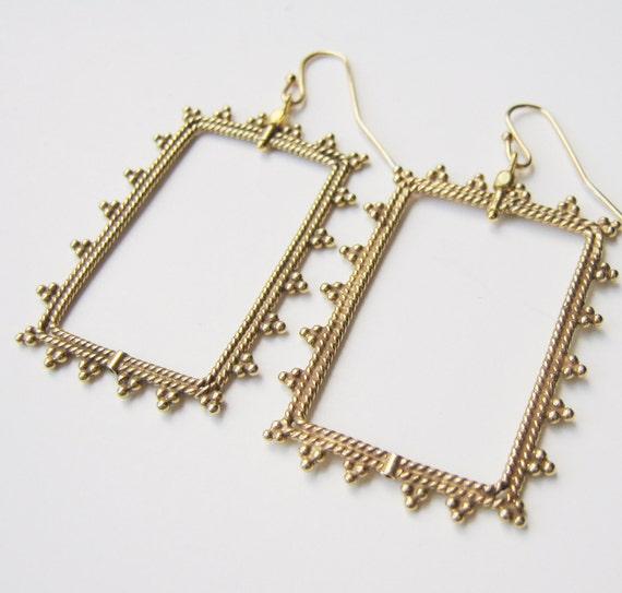 Gold Beaded Frame Earrings.