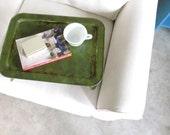 Brunch - Vintage metal breakfast tray - fern green and gold