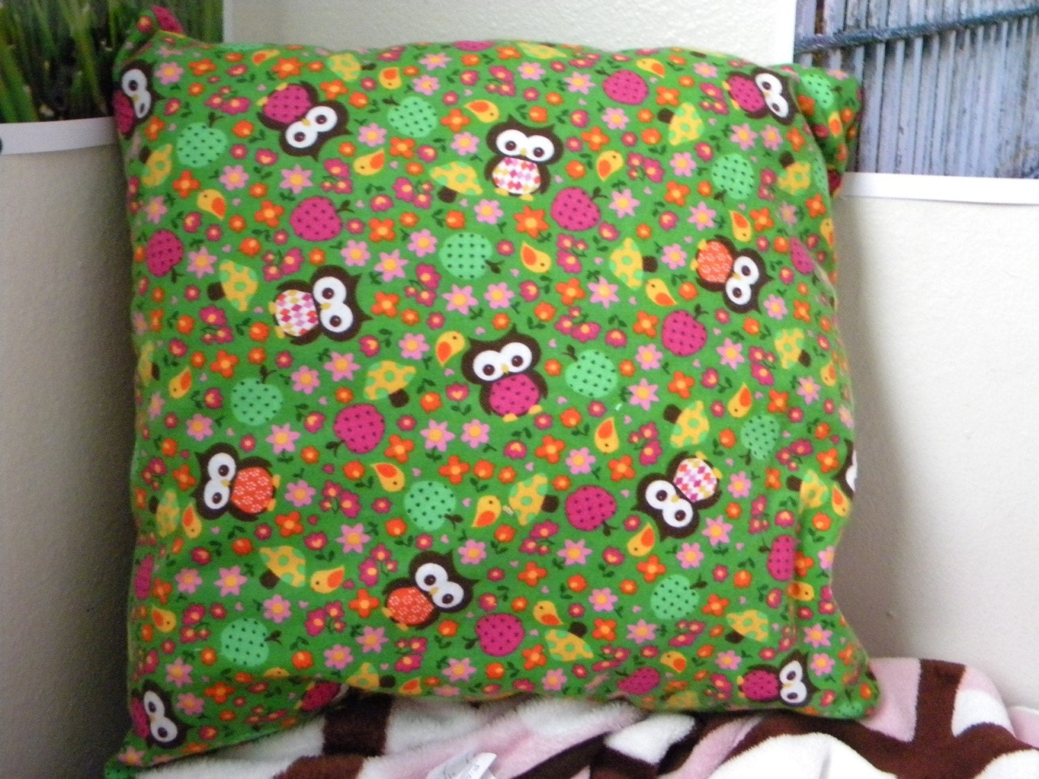 Owl Throw Pillow Etsy : Owl and Mushroom Throw Pillow