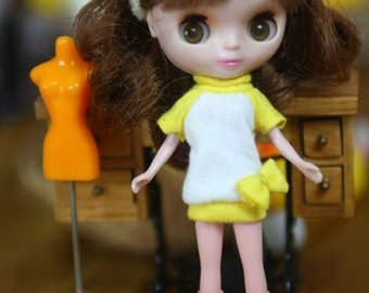 Petite Blythe outfit