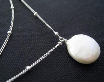 Pearl layered necklace, classic pearl solitaire, Bridal bridesmaid necklace, white, satellite chain, pure, luna
