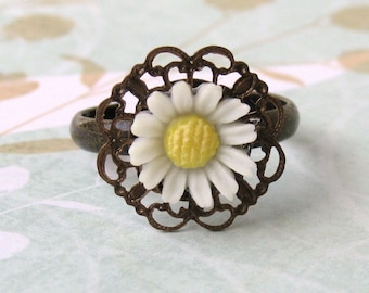 Flower Ring Vintage Daisy Ivory Filigree Adjustable Cabochon Antiqued Brass