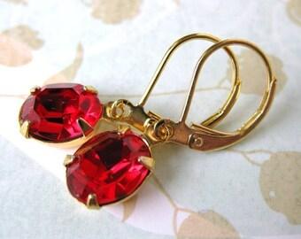 Ruby Red Vintage Rhinestone Earrings. Swarovski Crystal Earrings, Siam, Gold Plate