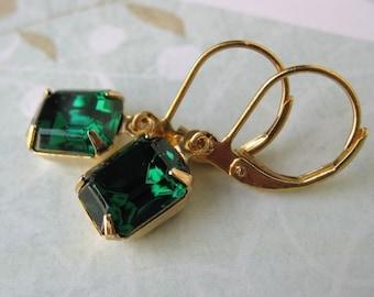 Emerald Vintage Rhinestone Earrings Swarovski Crystal Earrings in Gold